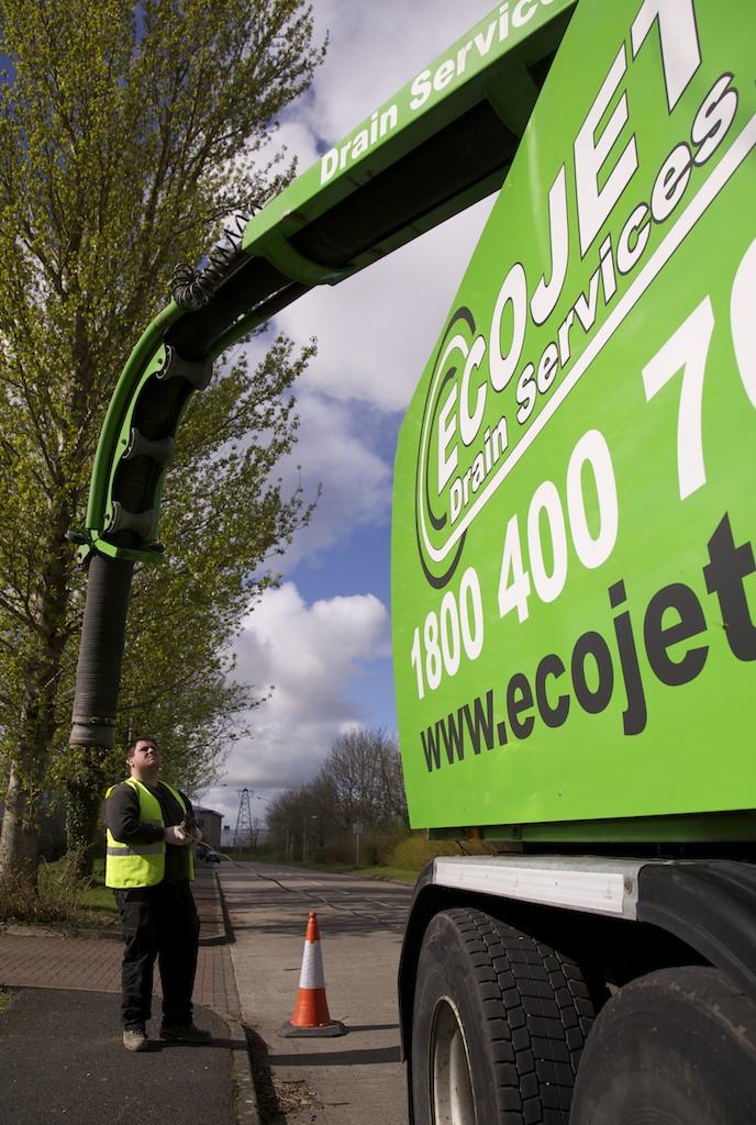 Ecojet JetVac Truck Tank Empty Services